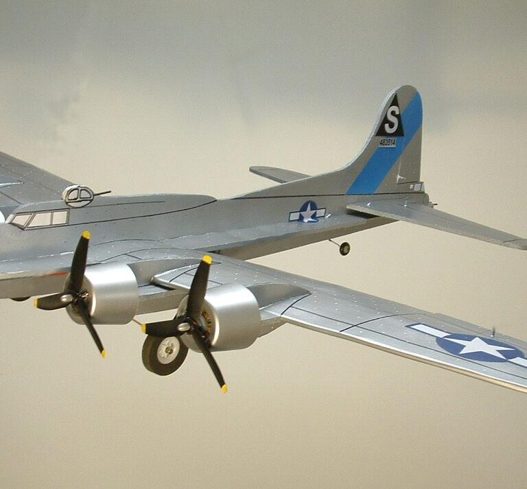"45″ B-17 ""Flying Fortress"" Kit"