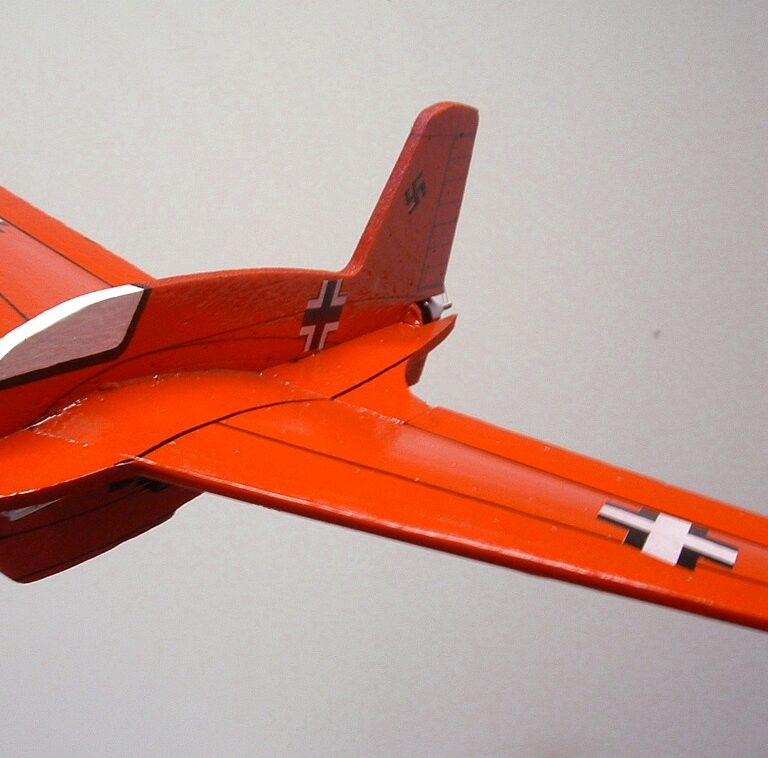 20″ ME-163B Komet (Mini version)